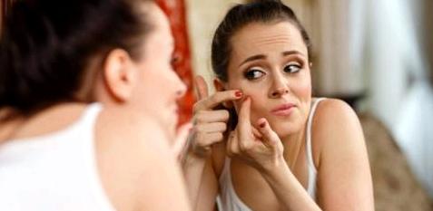 Pickel, Hautunreinheiten, Ausschlag - die Haut als Spiegel der Seele reagiert auf Stress
