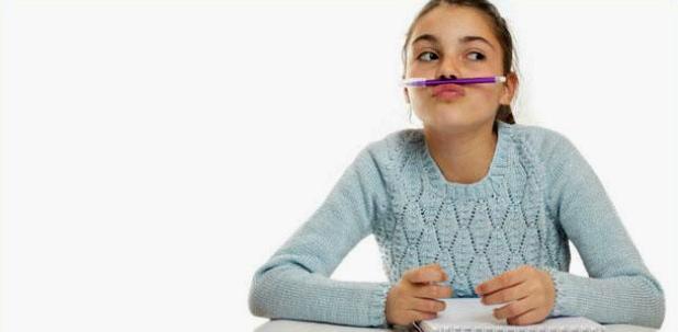 Kinder mit ADHS werden in der Schule oft zum Klassenkasper
