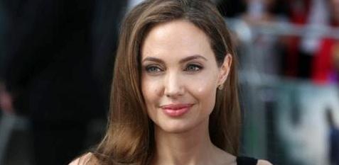 Angelina Jolie: Eierstöcke, Brüste und Gebärmutter entfernen aus Angst vor Krebs