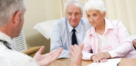 Paar beim Arzt