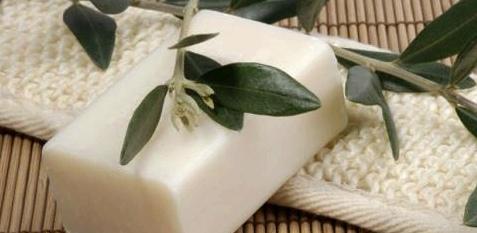 Parfümfreie Seife ist bei Hand-Ekzemen wichtig