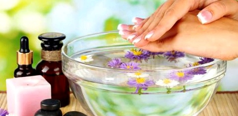 Öl gegen brüchige Nägel