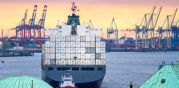 Schifffahrt produziert Emissionen