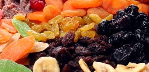 Trockenobst enthält viele Ballaststoffe gegen Völlegefühle
