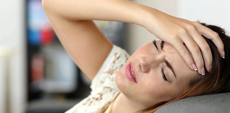 Symptome von Verspannungen: Kopfschmerzen