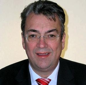 Dr. Joerg Hueve Interview Voellegefuehl