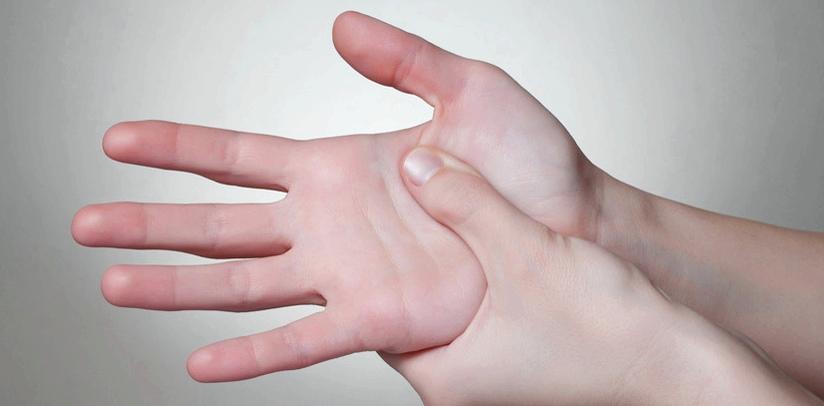 Besonders häufig kommen Taubheitsgefühle in den Händen oder Armen vor