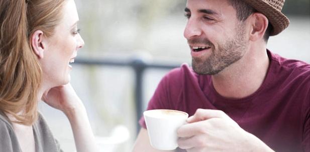 Um Grippe vorzubeugen, teilen Sie Ihre Tasse nicht mit anderen Personen