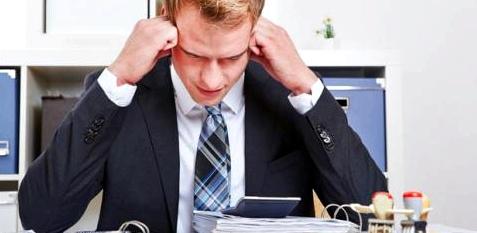 Die ersten Anzeichen eines Burn-outs werden meist nicht wahrgenommen. Nach und nach verlernt der Betroffene abzuschalten.