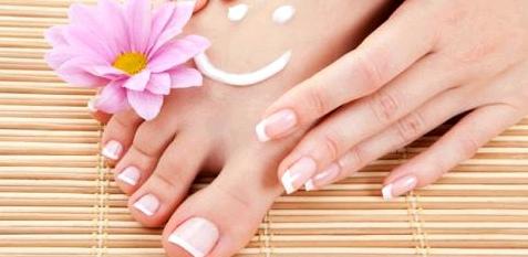 Eine Wohltat für die Füße – Eine Massage mit Fußcreme entspannt