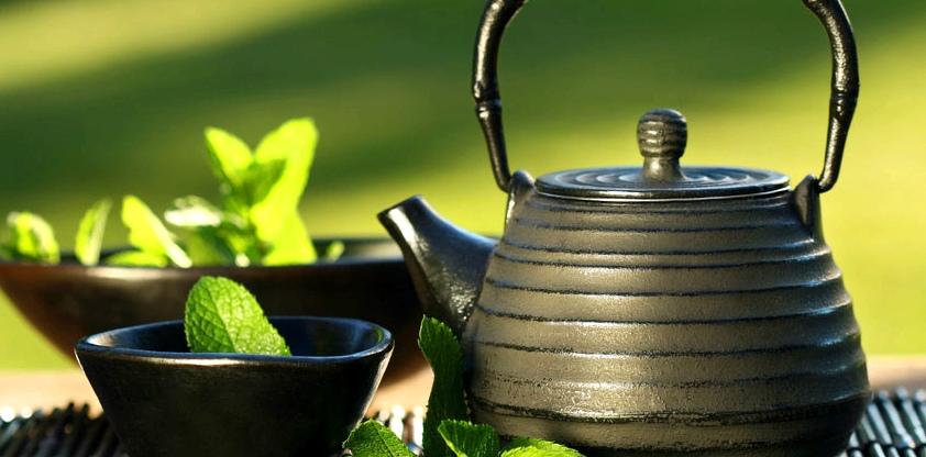 Tee hilft bei Mandelentzündung