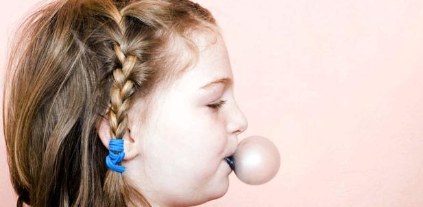 Kaugummi kauen beugt Mittelohrentzündung vor