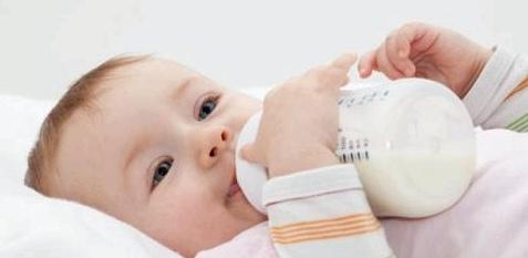 Botulismus bei Babys durch Honig