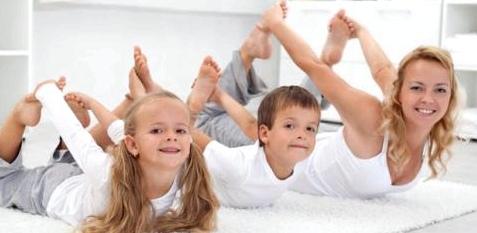Mit Dehnübungen Wachstumsschmerzen verringern