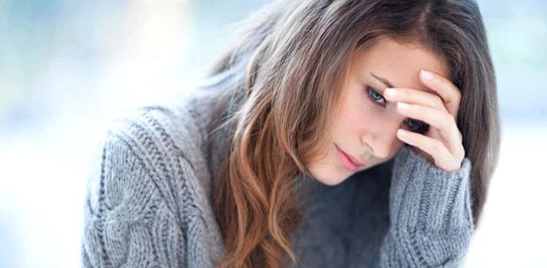 Bei innerer Unruhe fühlt sich der Betroffene unsicher und ängstlich, seine Konzentration lässt nach.