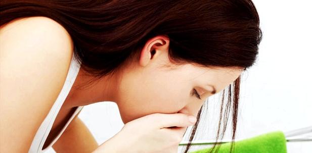 Bauchkrämpfe werden häufig von Übelkeit oder Durchfall begleitet