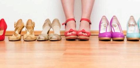 Hühneraugen durch enge Schuhe