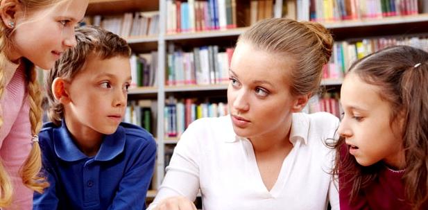 Ist der Lehrer der Grund für die Schulangst, hilft auch oft ein Gespräch mit ihm