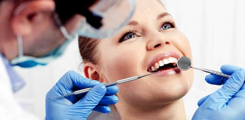 Eine Zahnärztin erkannte die Kieferfehlstellung