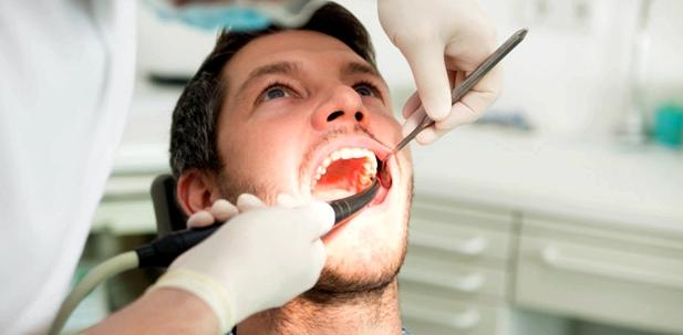 Zahnreinigung beugt Bauchspeicheldrüsenkrebs vor